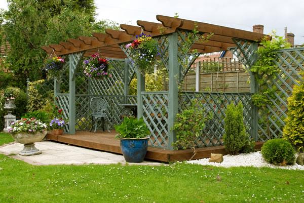 Garden decking advanced gardens sheffield for Decking for your garden