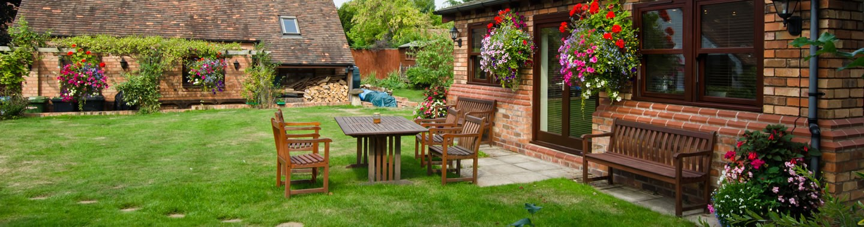 Medium garden designs advanced gardens sheffield for Medium garden design ideas
